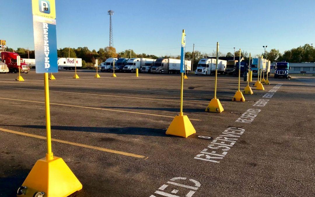 Hold styr på parkeringspladserne med hjælp fra et parkeringsselskab